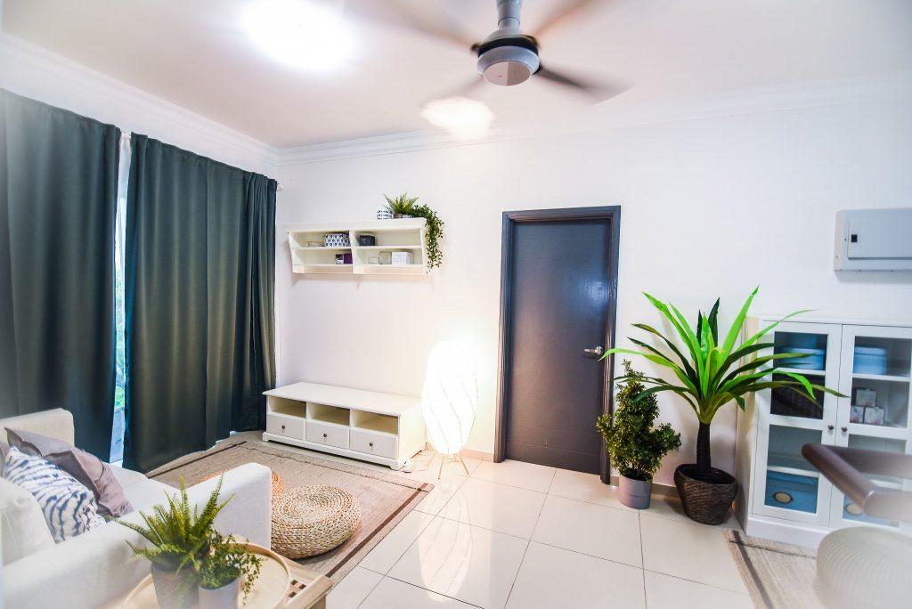 11- Living Area-min