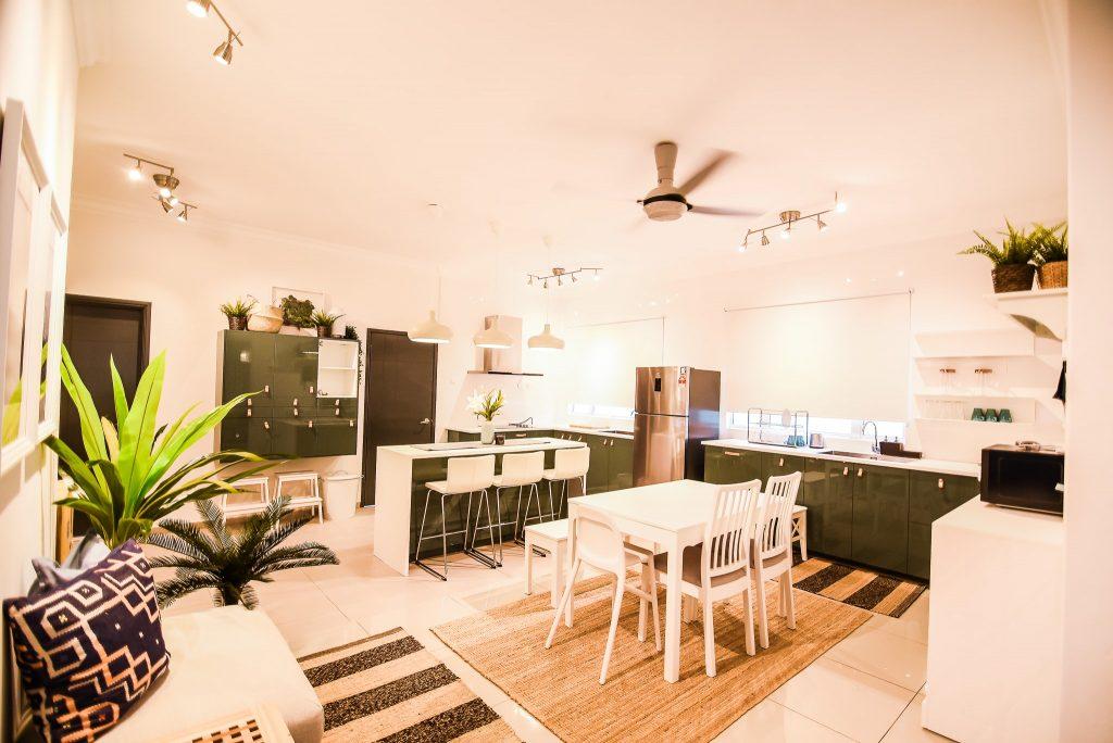 3- Living Area-min