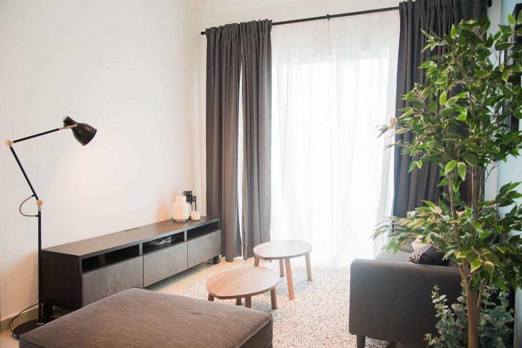 9-Living Area-min