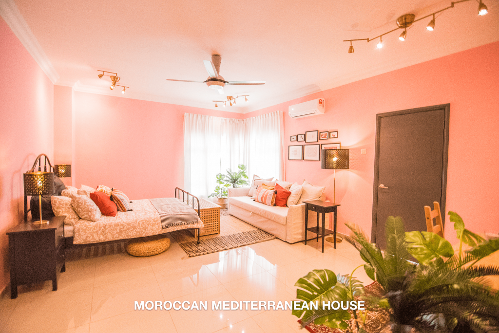 MOROCCAN MEDITERRANEAN HOUSE 1-min